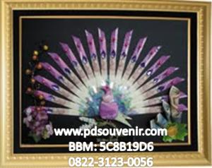 Download 970+  Gambar Burung Merak Dari Uang Kertas  Terbaru Free